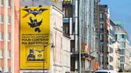 法国巴黎环城路喷绘广告牌